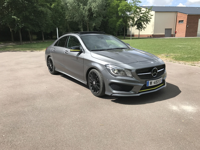 Covering jaune - Mercedes CLA 220